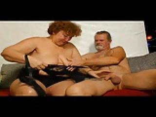 hentai pornó hatalmas mellek